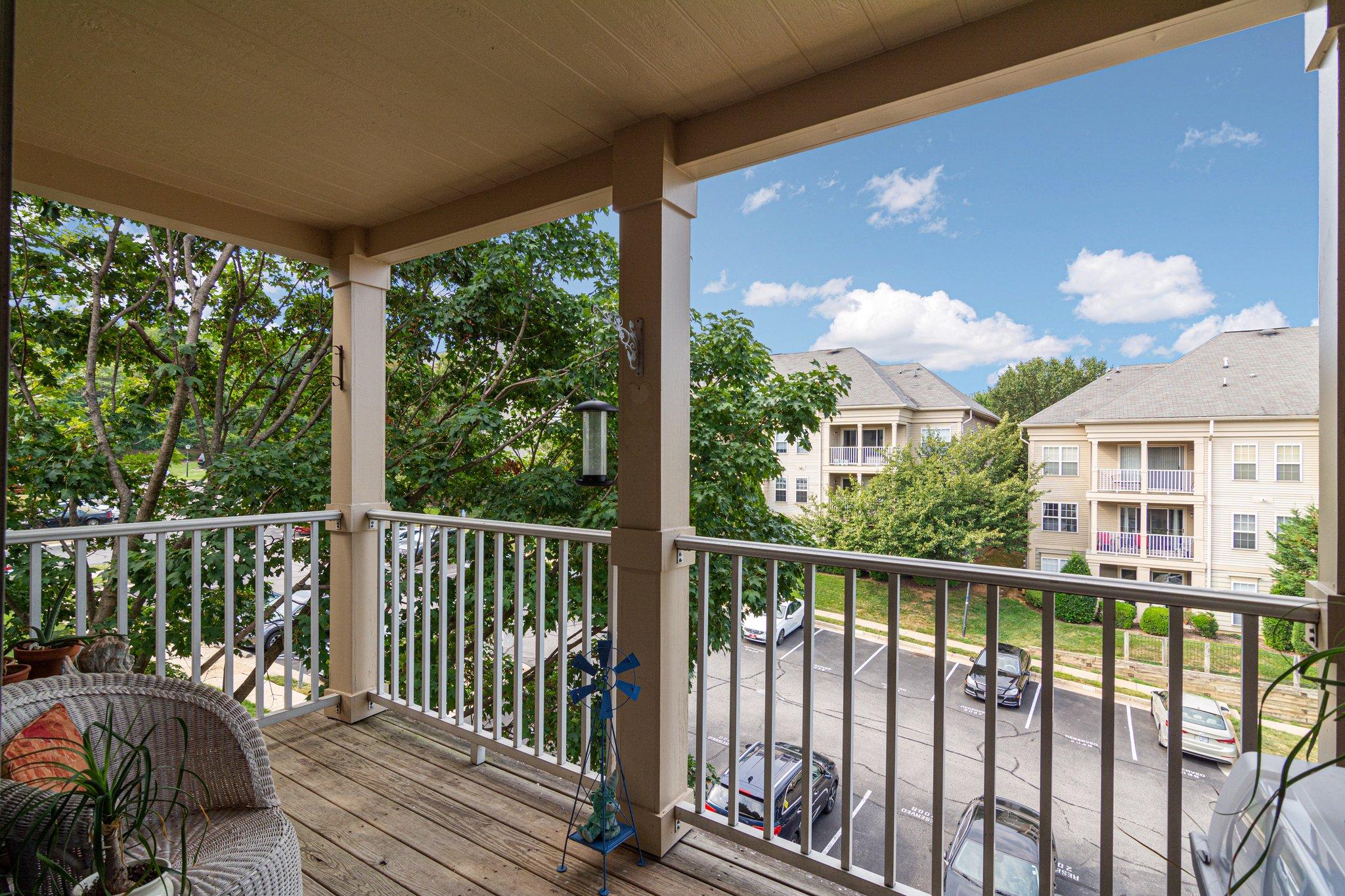 1066 Gardenview Loop, Woodbridge, VA 22191, USA Photo 3