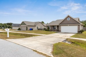 1205 Teakwood Dr, Greenville, NC 27834, USA Photo 23