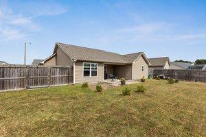 1205 Teakwood Dr, Greenville, NC 27834, USA Photo 28