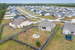 1205 Teakwood Dr, Greenville, NC 27834, USA Photo 6