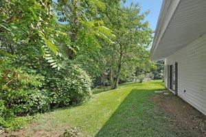 12114 Long Ridge Ln, Bowie, MD 20715, USA Photo 32