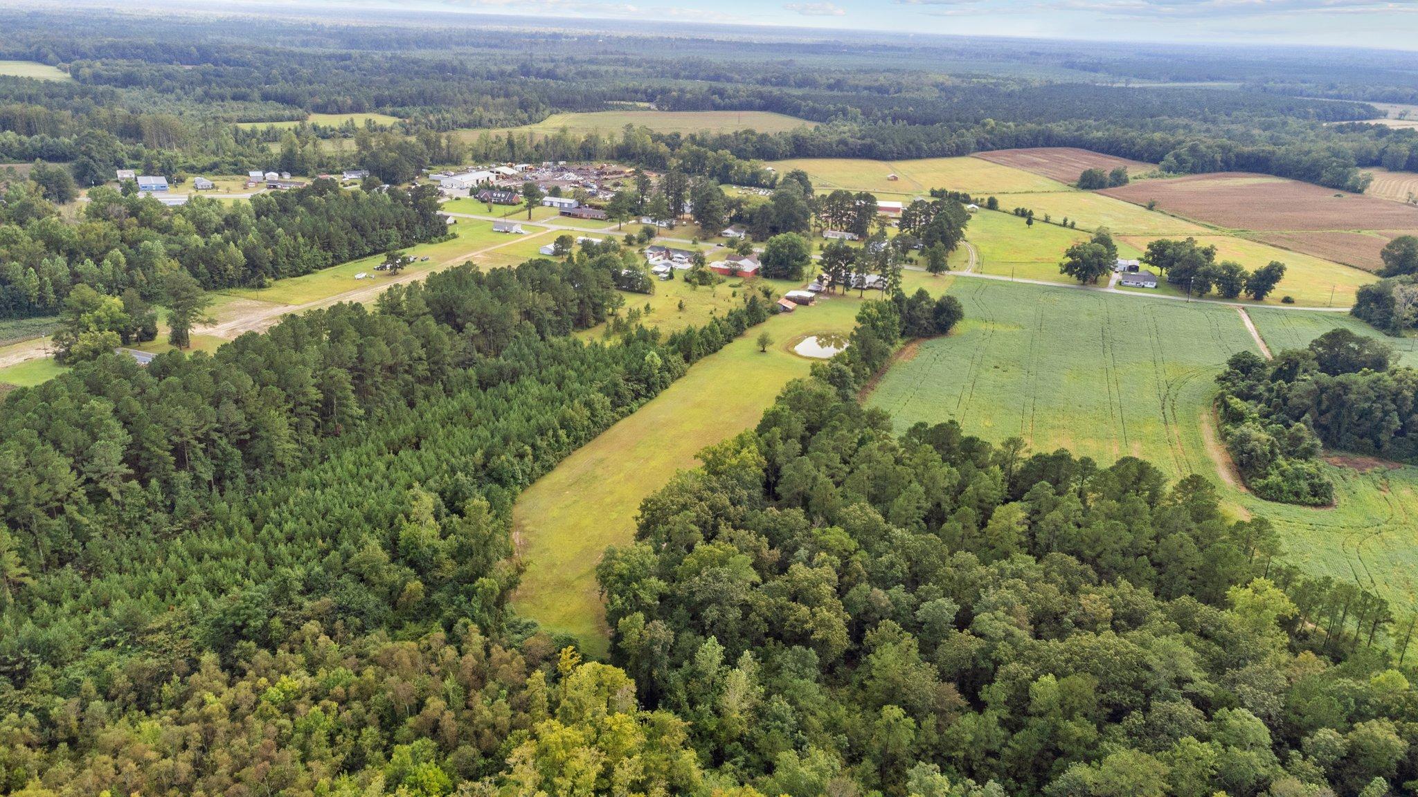 1305 Piney Neck Rd, Vanceboro, NC 28586, USA Photo 50