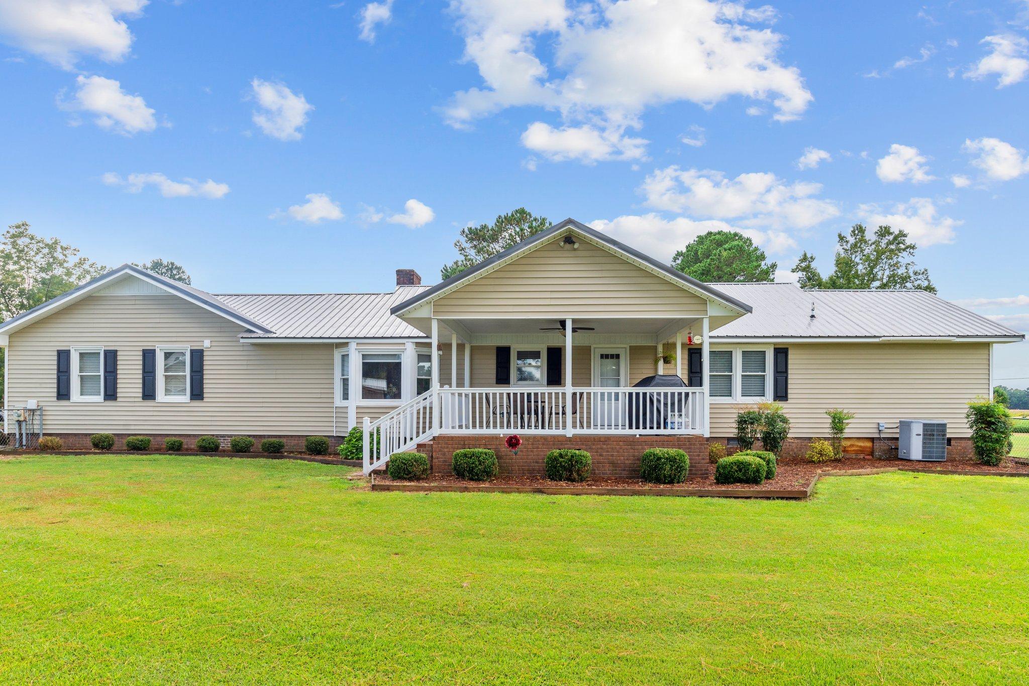 1305 Piney Neck Rd, Vanceboro, NC 28586, USA Photo 33