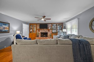 1305 Piney Neck Rd, Vanceboro, NC 28586, USA Photo 1