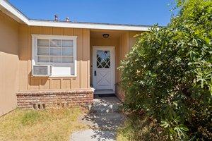 13132 Fairmont Way, Santa Ana, CA 92705, USA Photo 3