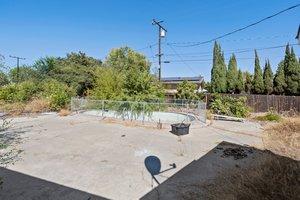 13132 Fairmont Way, Santa Ana, CA 92705, USA Photo 17