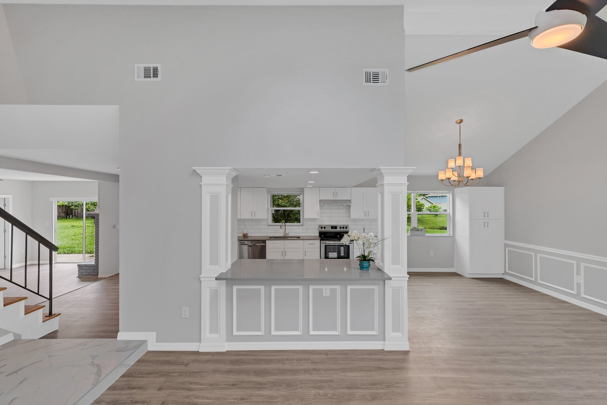 Casual flow offers comfortable space for entertaining while accommodating  large furnishings.