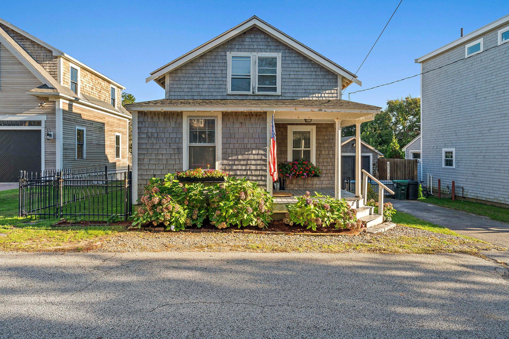 17 Thomas St, Marshfield, MA 02050, USA Photo 3