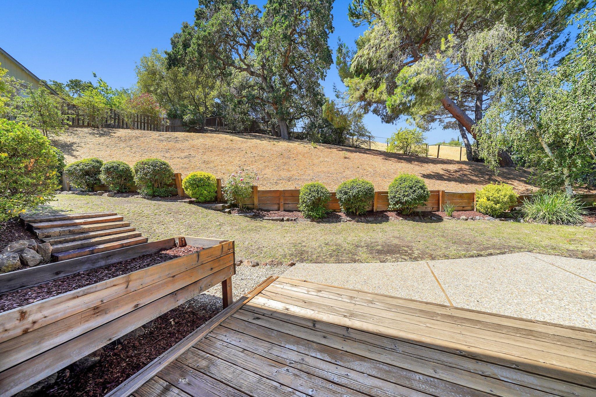18 Elton Ct, Pleasant Hill, CA 94523, USA Photo 39