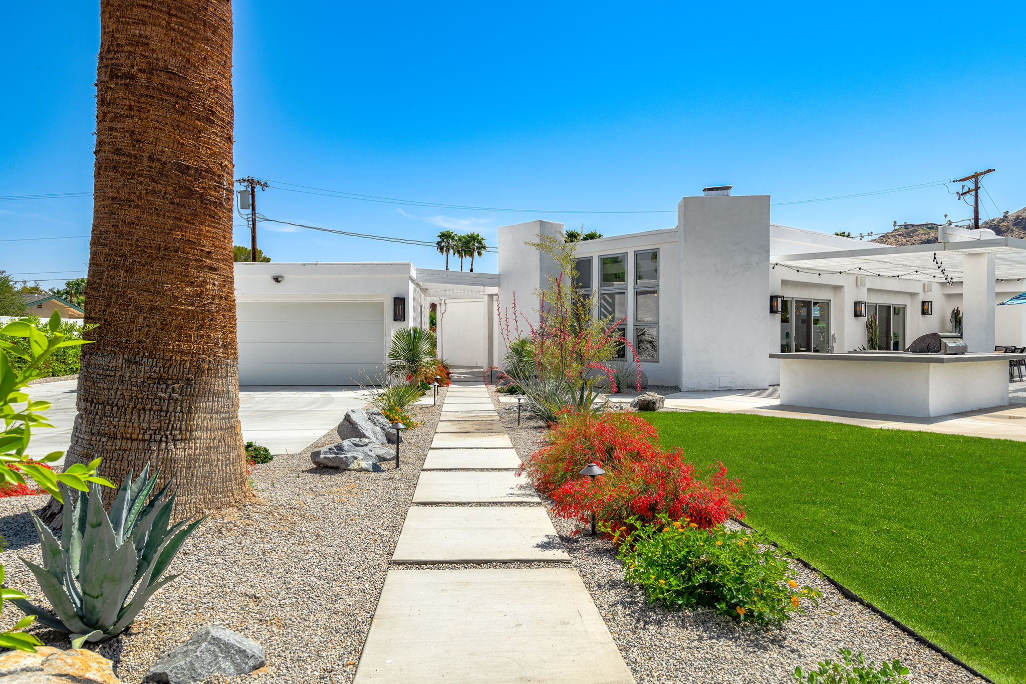 2086 S Barona Rd, Palm Springs, CA 92264, US Photo 15