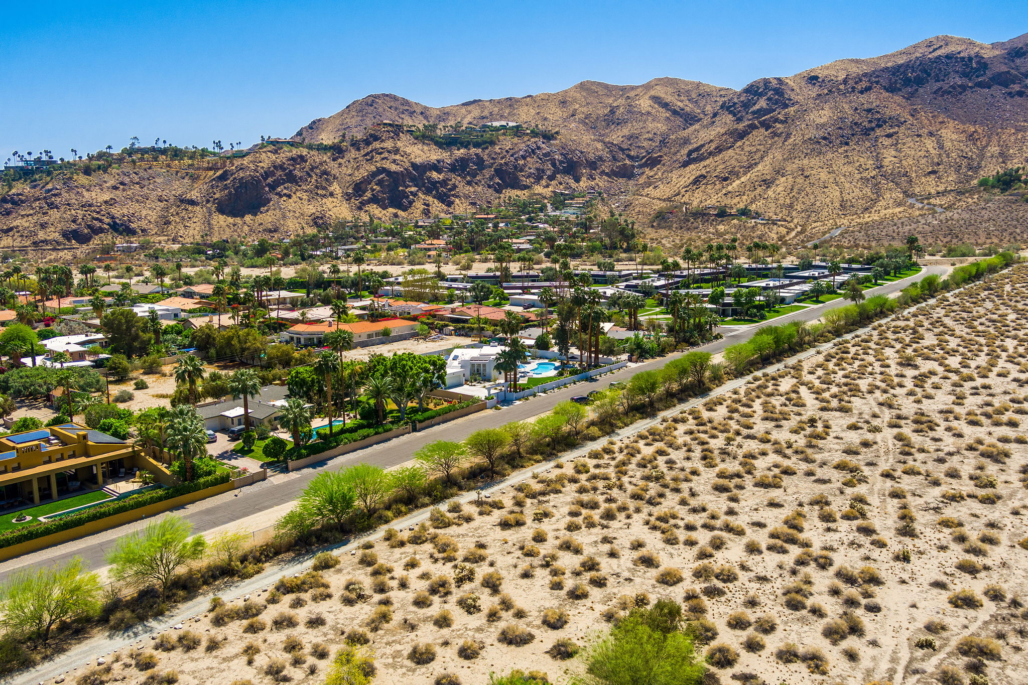 2086 S Barona Rd, Palm Springs, CA 92264, US Photo 35