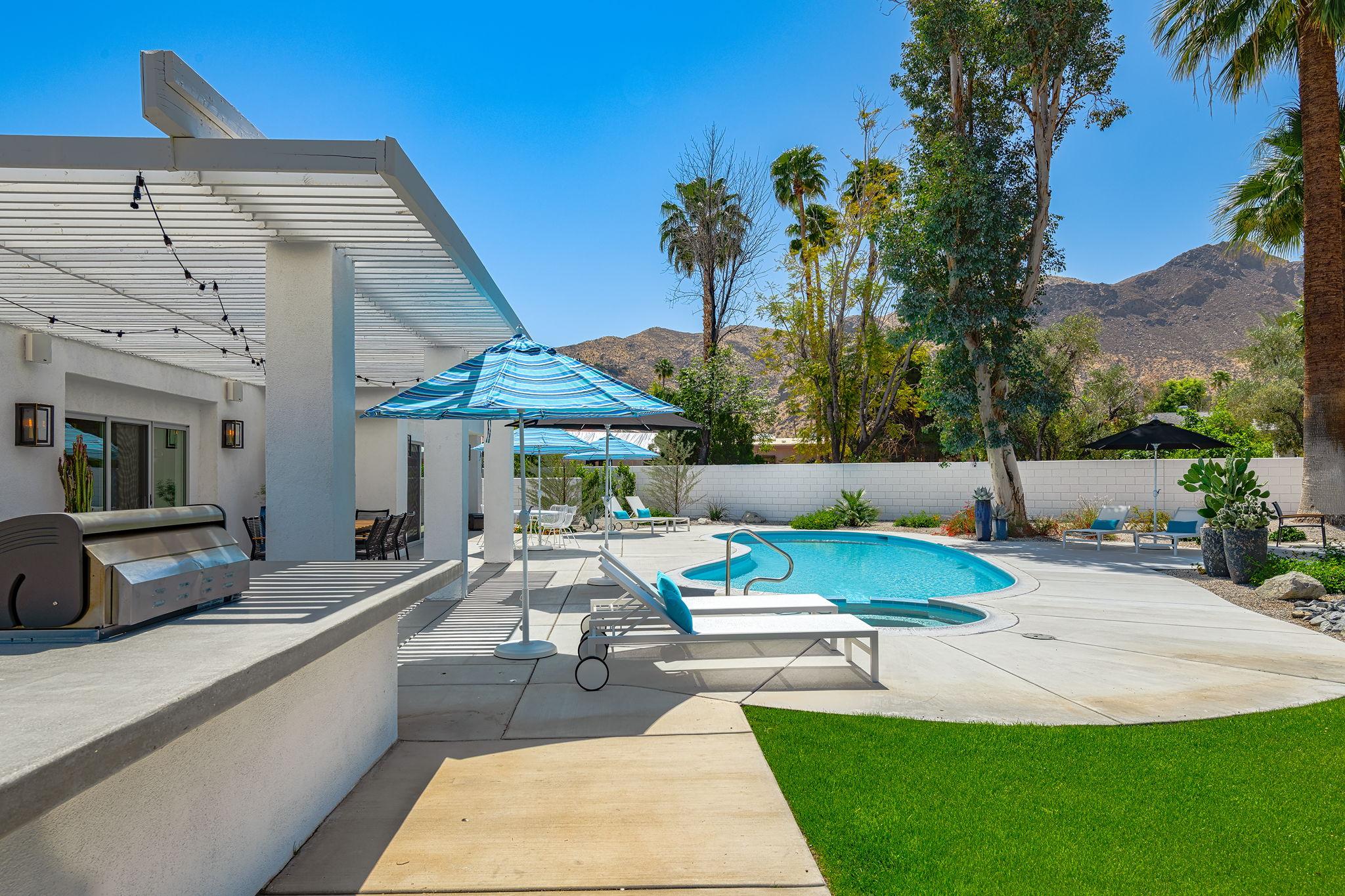 2086 S Barona Rd, Palm Springs, CA 92264, US Photo 10
