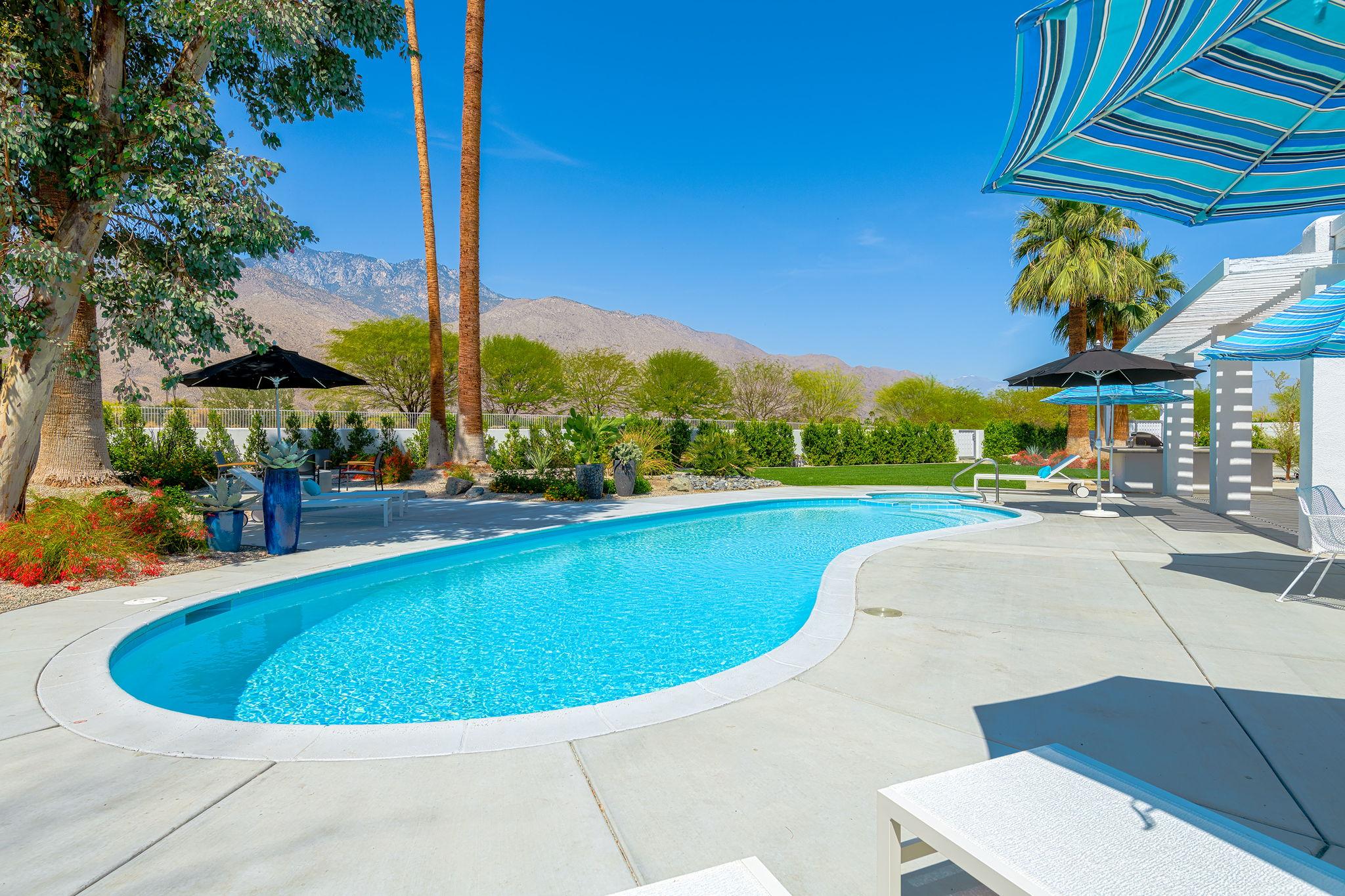2086 S Barona Rd, Palm Springs, CA 92264, US Photo 5