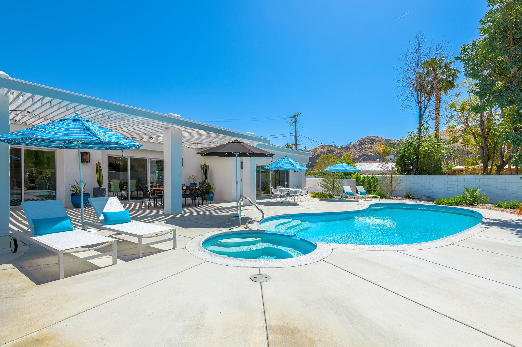 2086 S Barona Rd, Palm Springs, CA 92264, US Photo 3