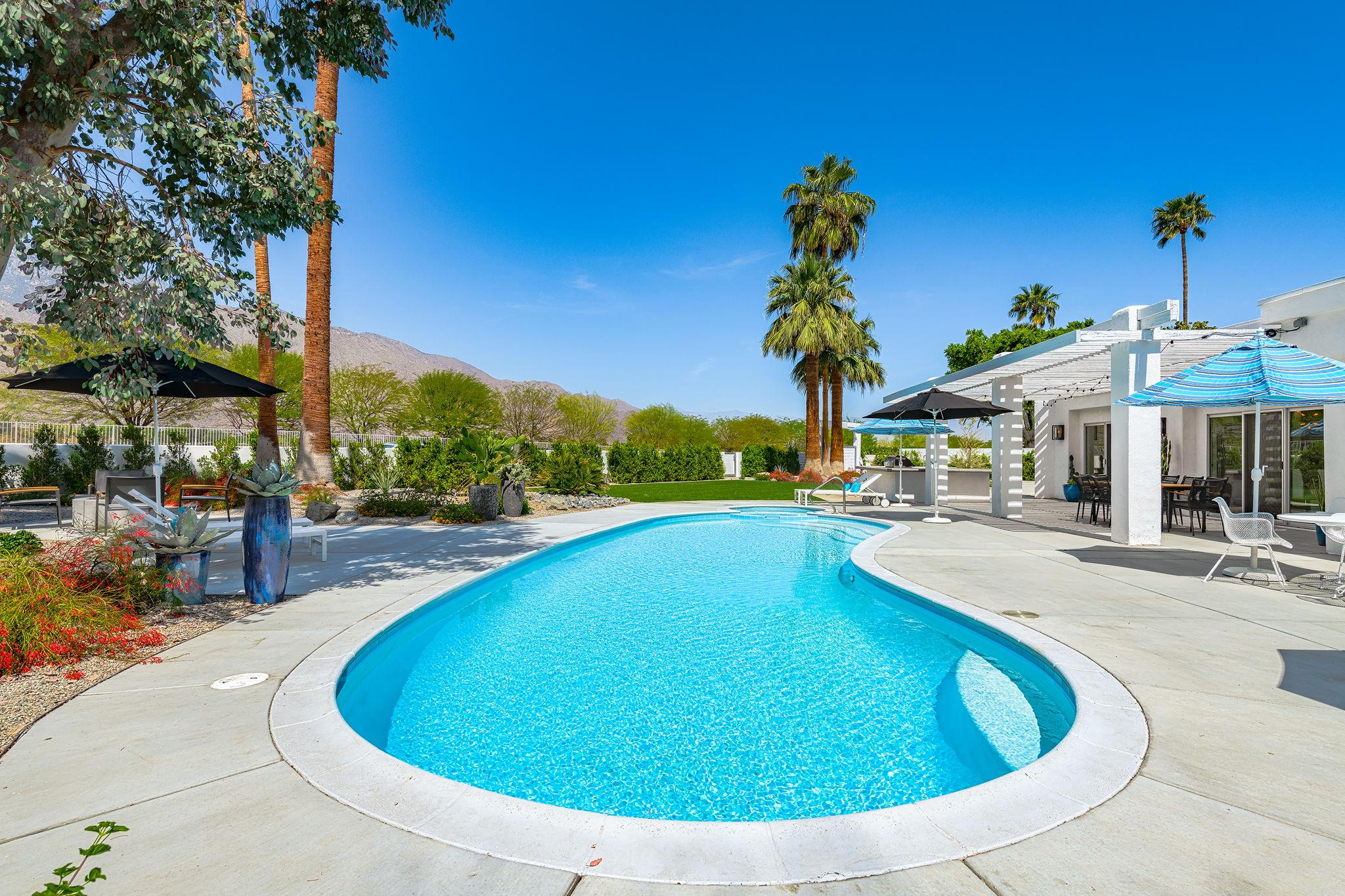 2086 S Barona Rd, Palm Springs, CA 92264, US Photo 12