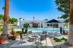 2086 S Barona Rd, Palm Springs, CA 92264, US Photo 7