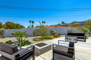 2086 S Barona Rd, Palm Springs, CA 92264, US Photo 25