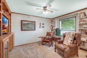 2210 Midland Grove Rd, Roseville, MN 55113, USA Photo 12