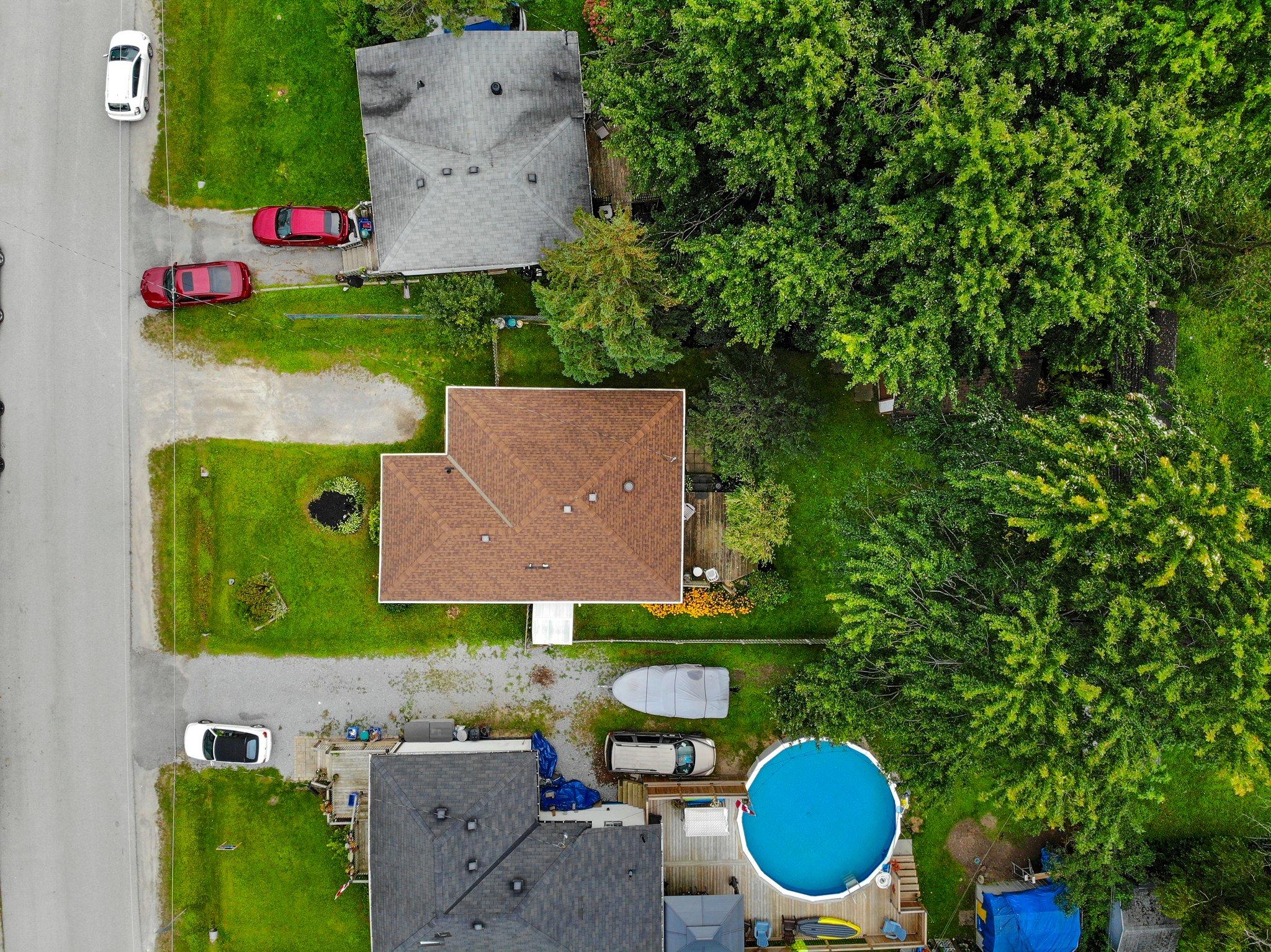 307 Parkwood Ave, Keswick, ON L4P 2X4, Canada Photo 23