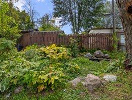 307 Parkwood Ave, Keswick, ON L4P 2X4, Canada Photo 21