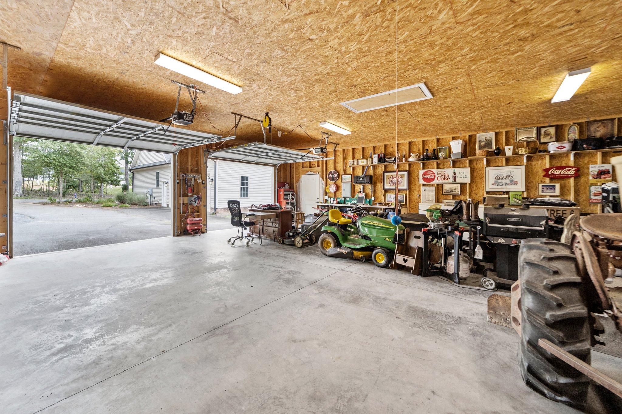 324 Saffron Ct, Sanford, NC 27330, USA Photo 34