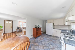35 Winthrop St, Quincy, MA 02169, USA Photo 6