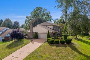36875 Chesapeake Rd, Farmington Hills, MI 48335, USA Photo 3