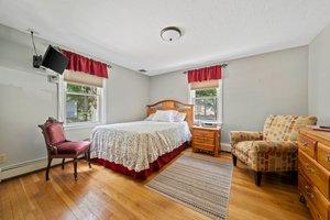 37 Williams St, Braintree, MA 02184, USA Photo 10