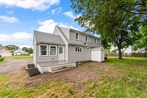 40 Howe St, Quincy, MA 02169, USA Photo 11