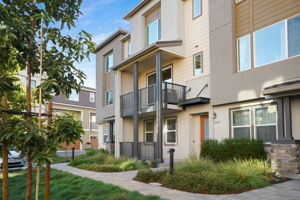 410 Desert Holly St, Milpitas, CA 95035, US Photo 1