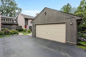 41350 Woodward Ave, Bloomfield Hills, MI 48304, USA Photo 35