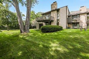 41350 Woodward Ave, Bloomfield Hills, MI 48304, USA Photo 4