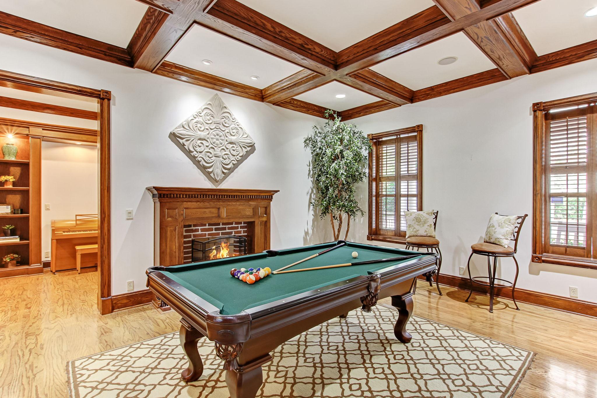 Living or Billiards Room