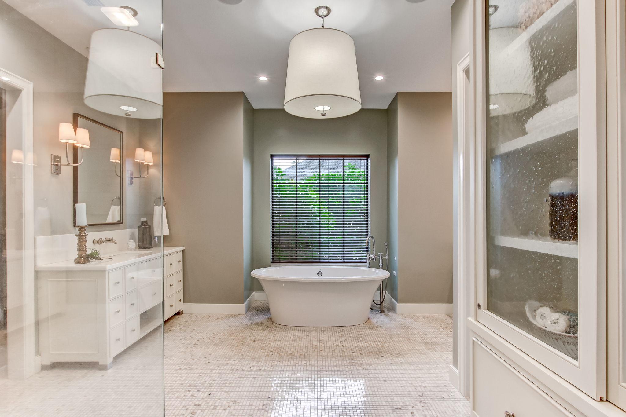 Updated Spa Master Bath