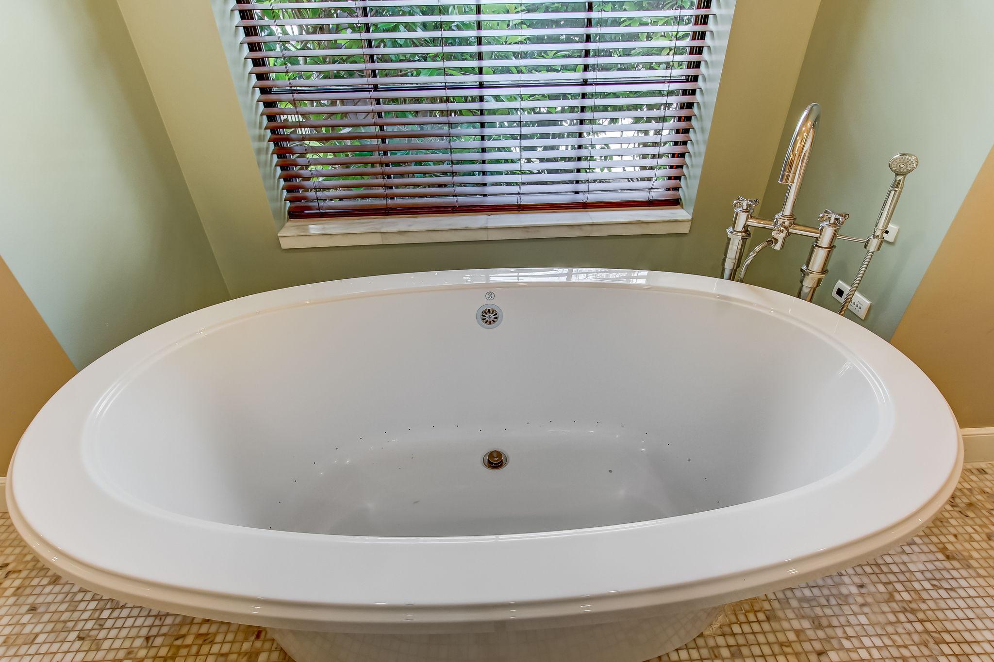 Bain Ultratherapy Spa Bath