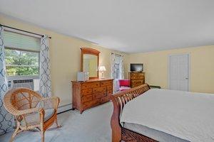 46 Hyatt Ln, Laconia, NH 03246, USA Photo 51