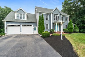 47 Townsend Woods Dr, Hanover, MA 02339, USA Photo 4