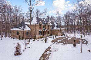 4975 Ridge Creek Ln, Ann Arbor, MI 48105, US Photo 2