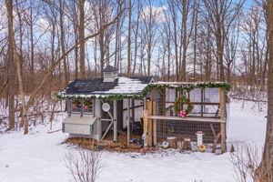 4975 Ridge Creek Ln, Ann Arbor, MI 48105, US Photo 58