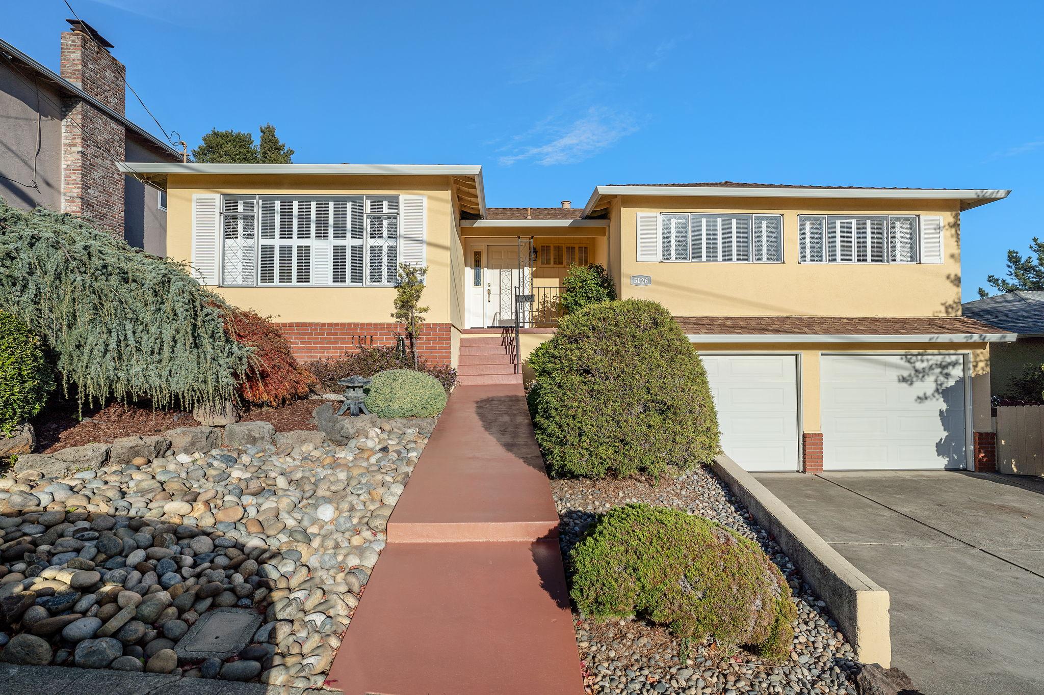 5026 Tyler Ln, Castro Valley, CA 94546, US