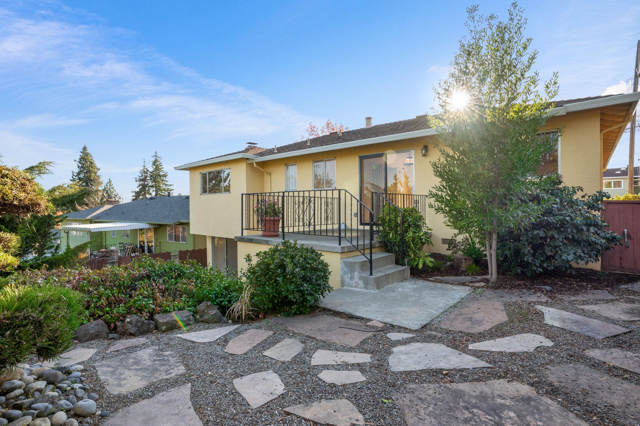 5026 Tyler Ln, Castro Valley, CA 94546, US Photo 38