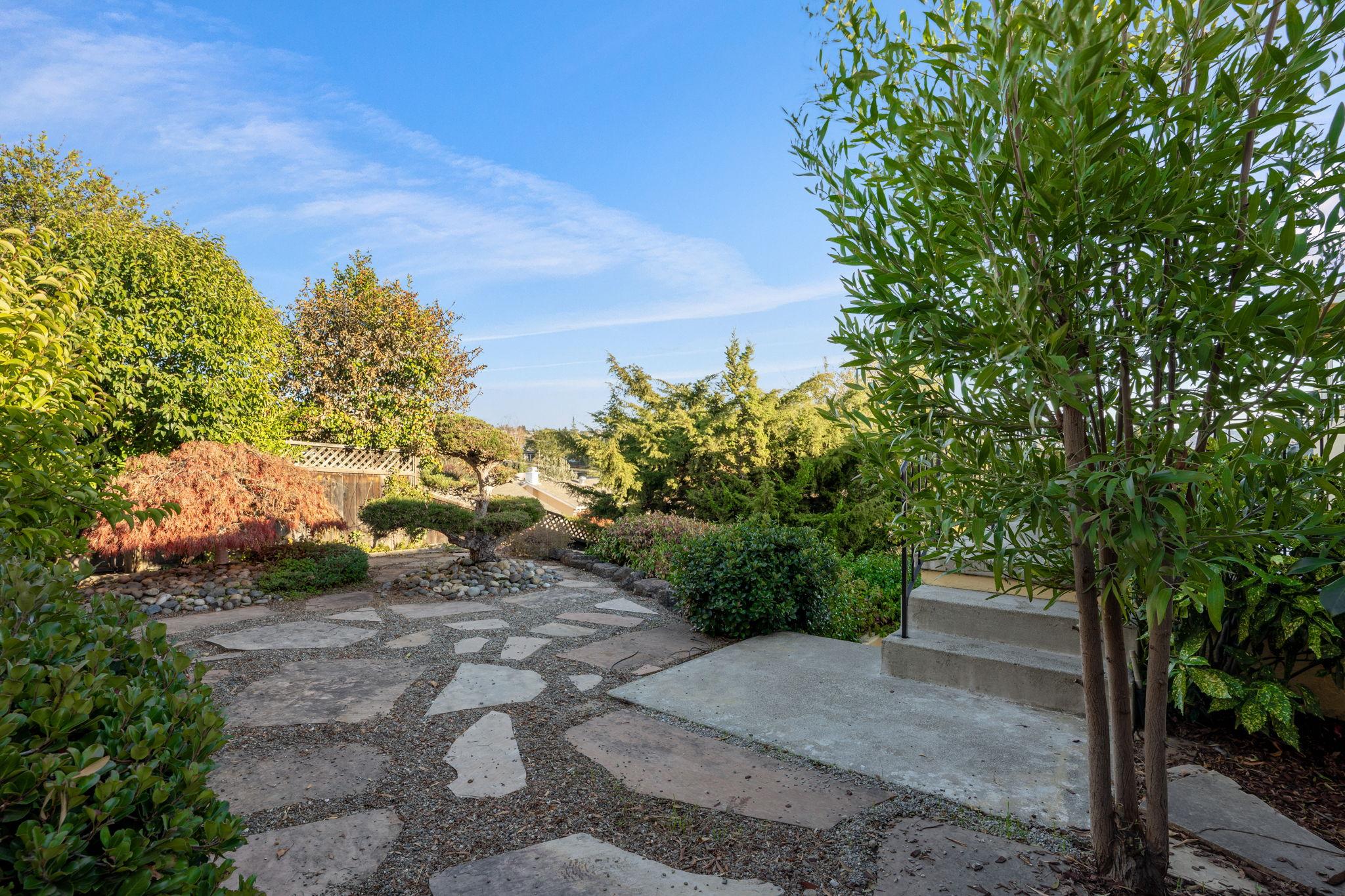 5026 Tyler Ln, Castro Valley, CA 94546, US Photo 37