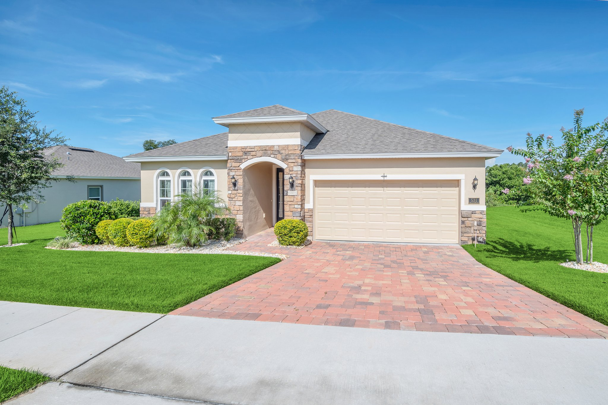 531 Bellissimo Pl, Howey-In-The-Hills, FL 34737, USA Photo 1