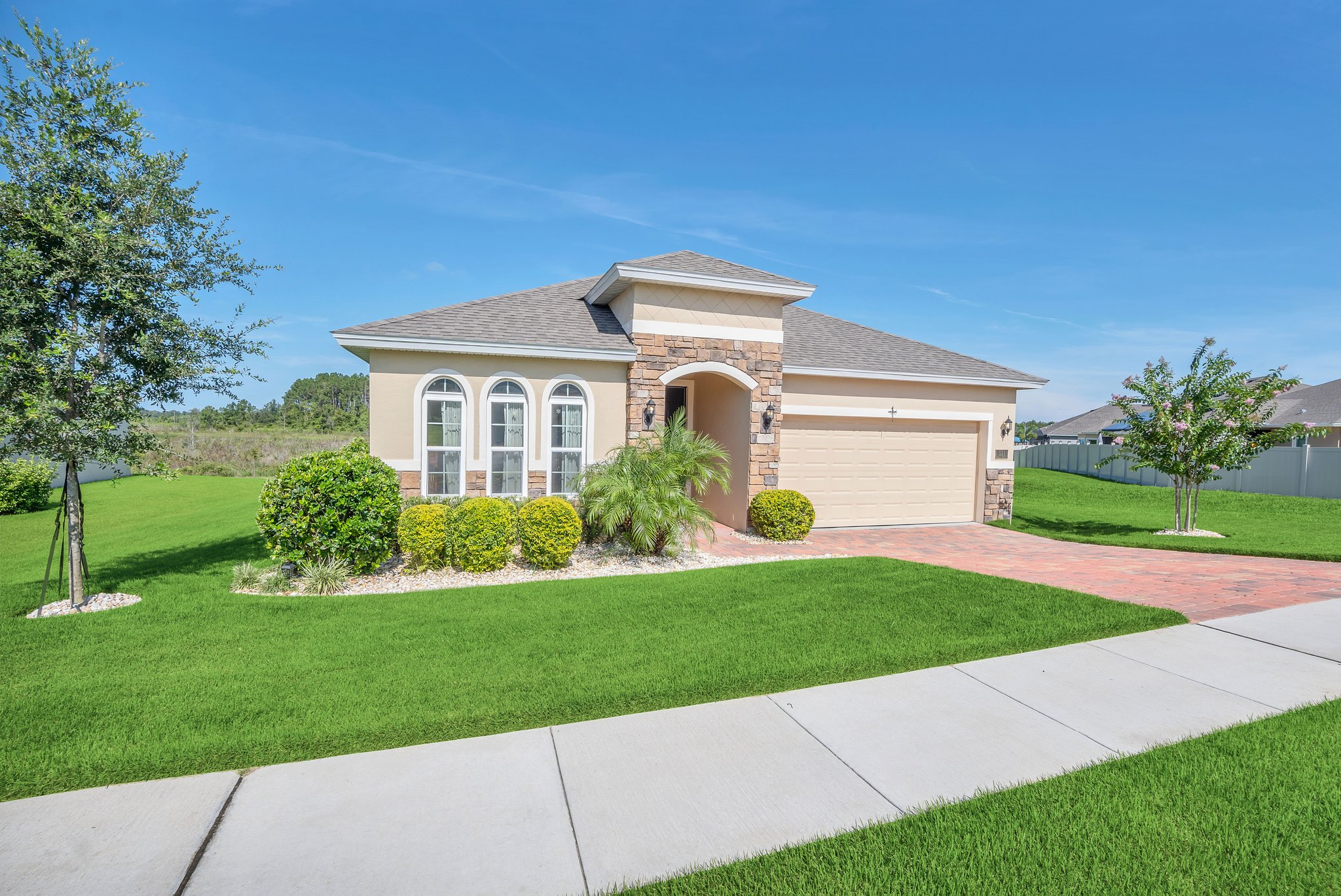 531 Bellissimo Pl, Howey-In-The-Hills, FL 34737, USA Photo 4