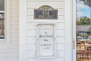 614 Middle St, New Bern, NC 28560, USA Photo 3