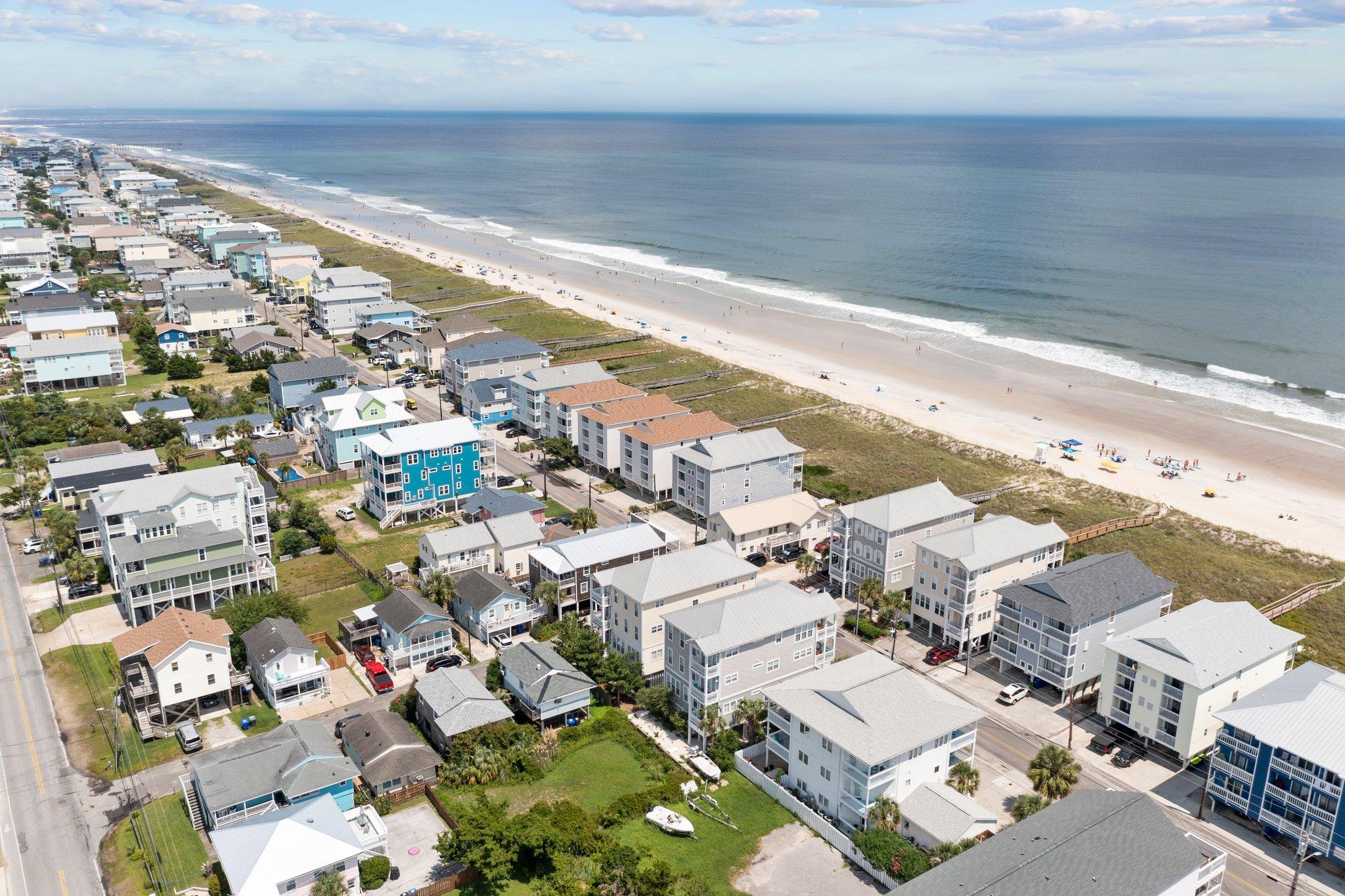 625 Carolina Beach Ave N, Carolina Beach, NC 28428, USA Photo 7