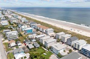 625 Carolina Beach Ave N, Carolina Beach, NC 28428, USA Photo 6