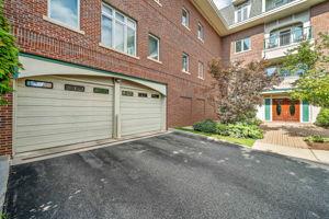 630 Hammond St 104, Brookline, MA 02467, US Photo 37
