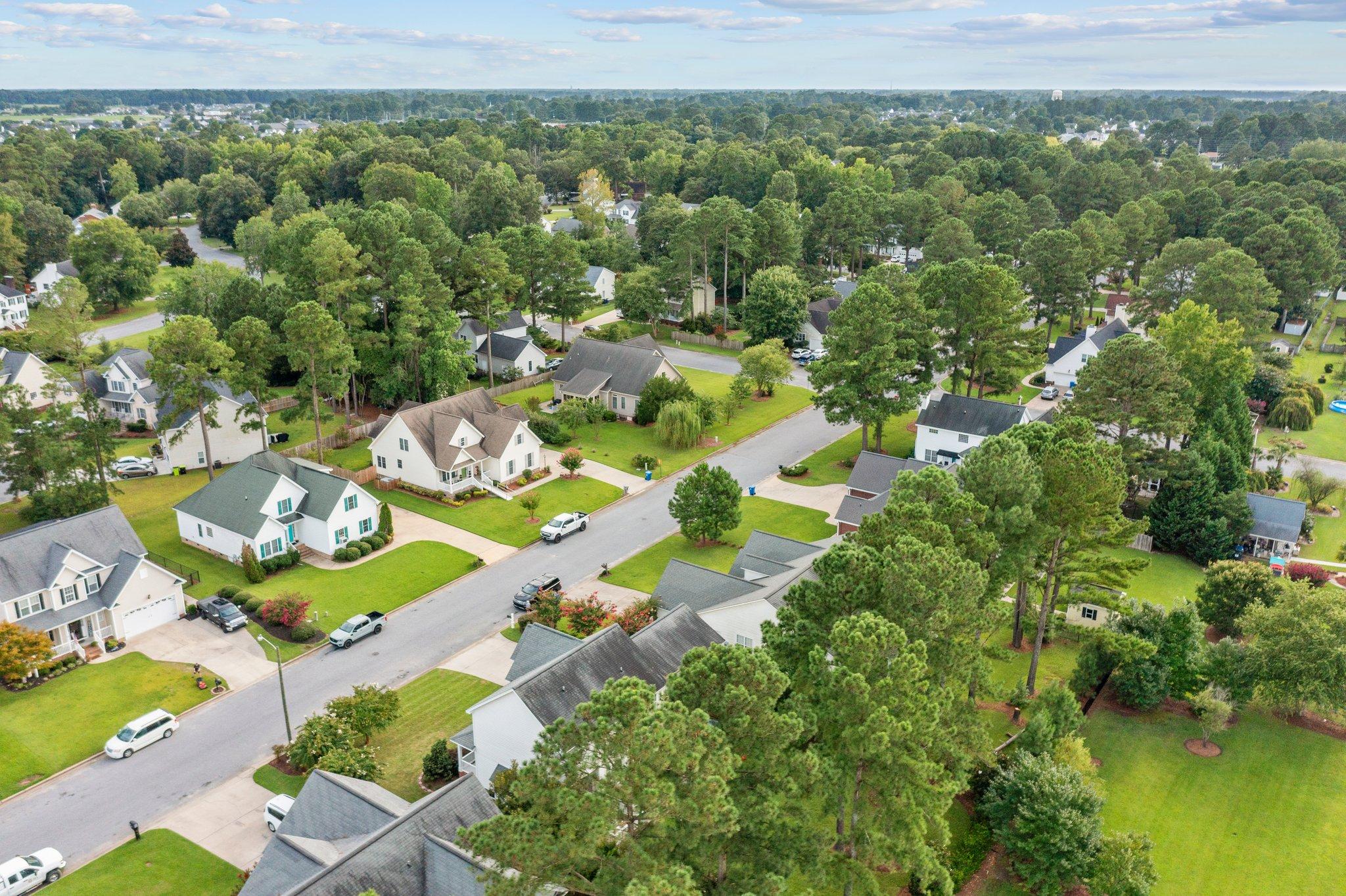 647 Tabard Rd, Winterville, NC 28590, USA Photo 5