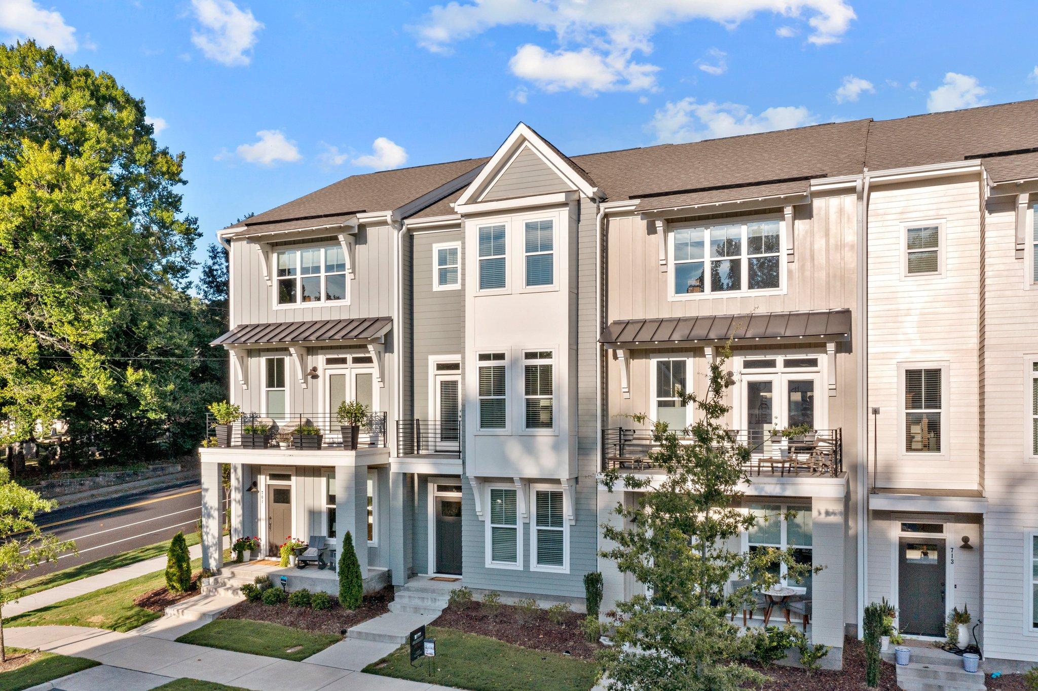 705 Peakland Pl, Raleigh, NC 27604, USA Photo 3